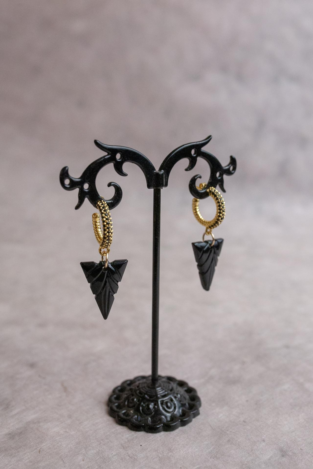Boucles onyx couleur or