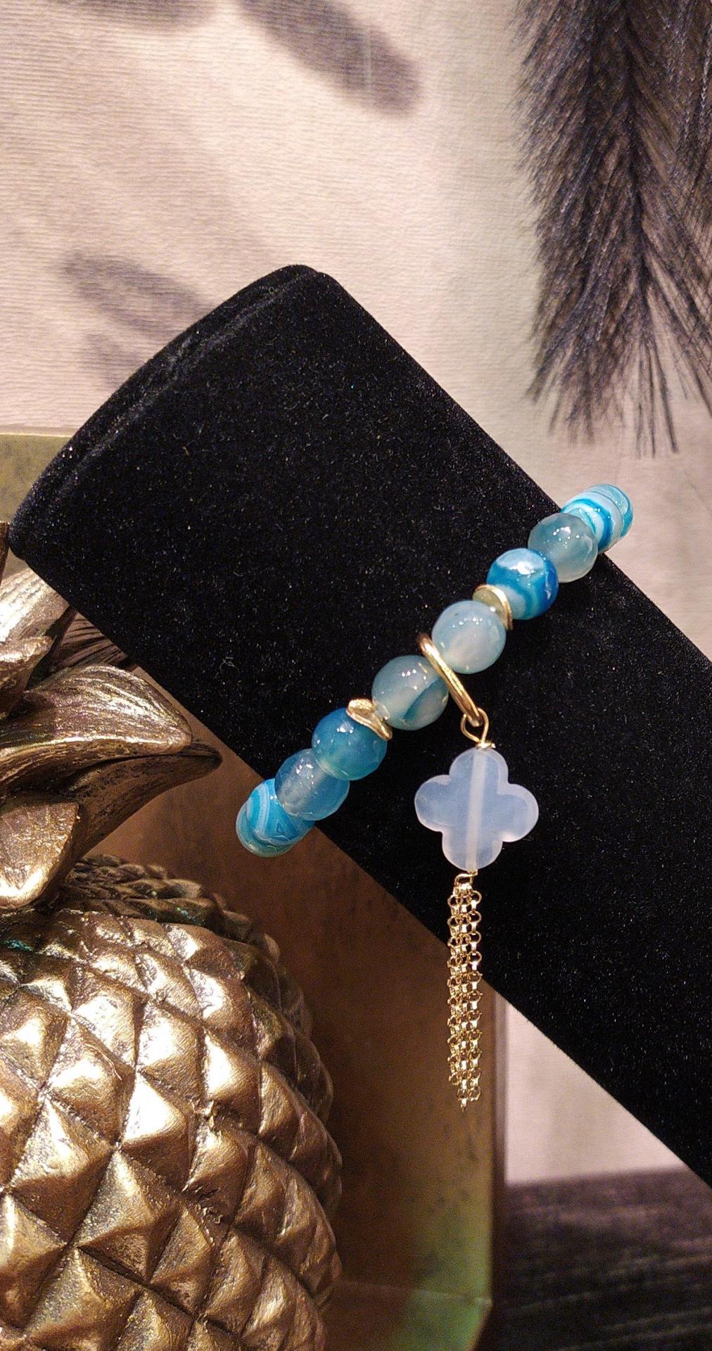 Bracelet jade degrade bleu 1 1 33 gr