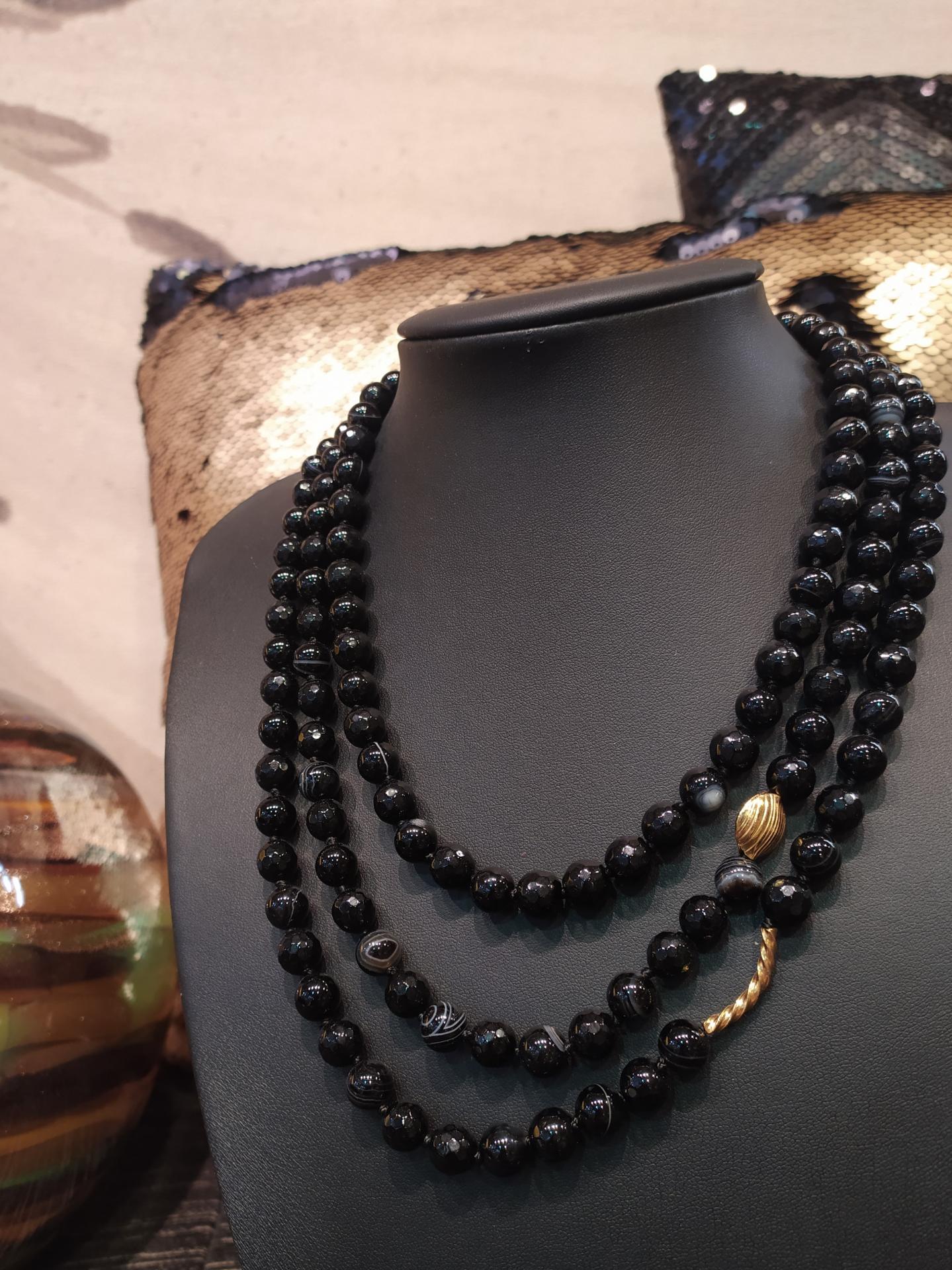 Collier multi rangs onyx jade ref 311 2 90 g prix 145 eur entre 40 a 50 cm