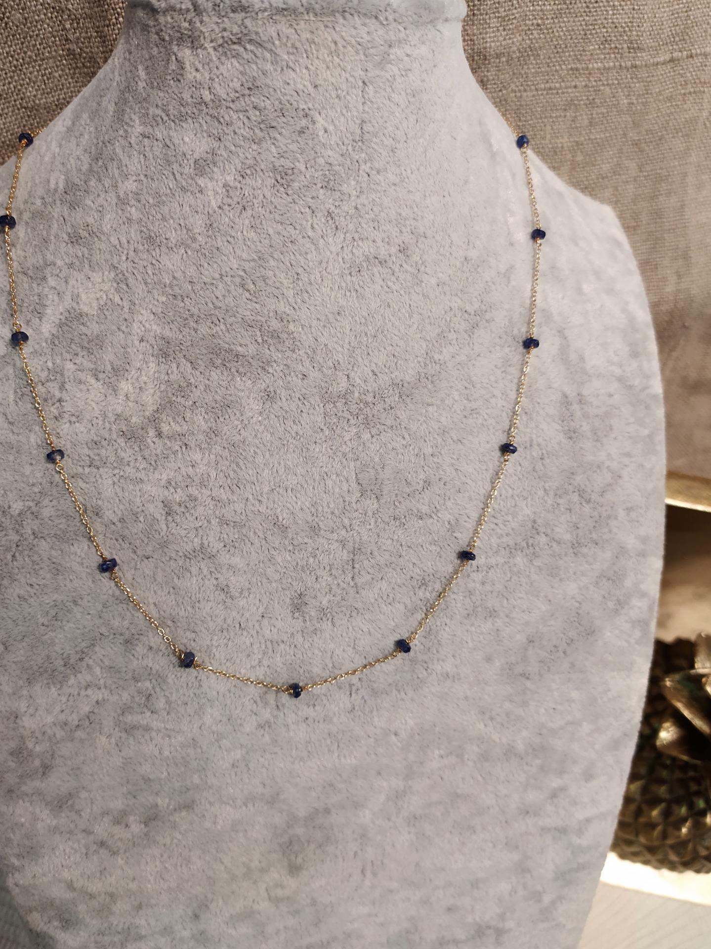 Collier saphir ref 277 1 81 gr prix 99 eur environ 46 cm plus chainette reglable 6 cm 1 19 cts